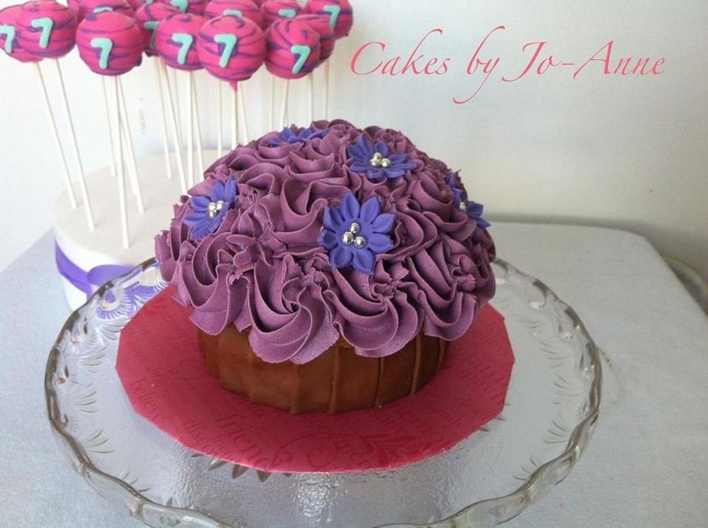 Big Cupcake by Cakes by Jo-Anne