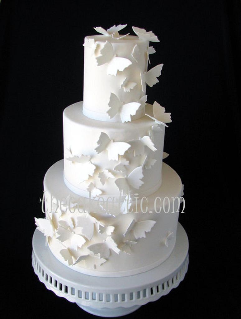 Butterfly wedding cake by Soraya Avellanet