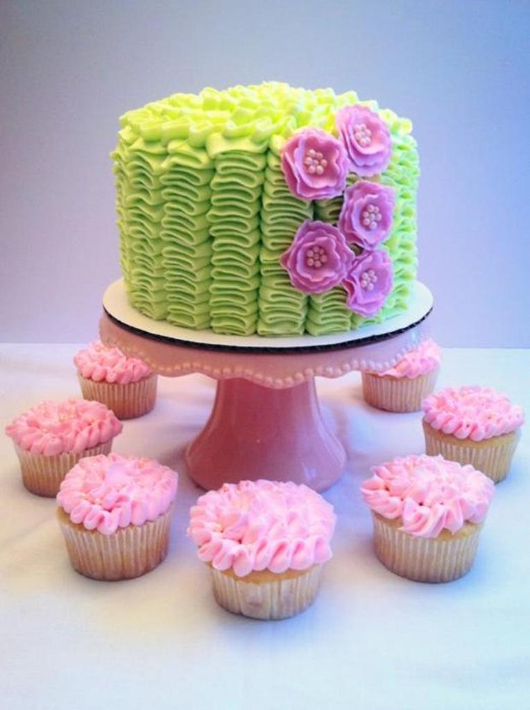 Ruffle Cake and matching cupcakes by Christie's Custom Creations(CCC)