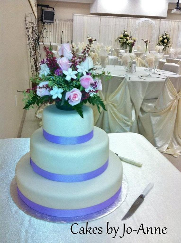 Lilac Wedding by Cakes by Jo-Anne
