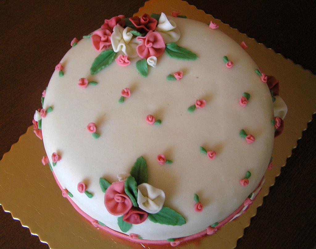 Birthday cake by Anka