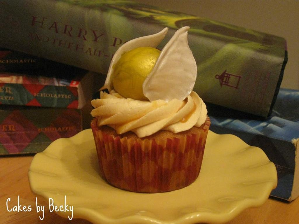 Harry Potter Butterbeer Cupcakes by Becky Pendergraft