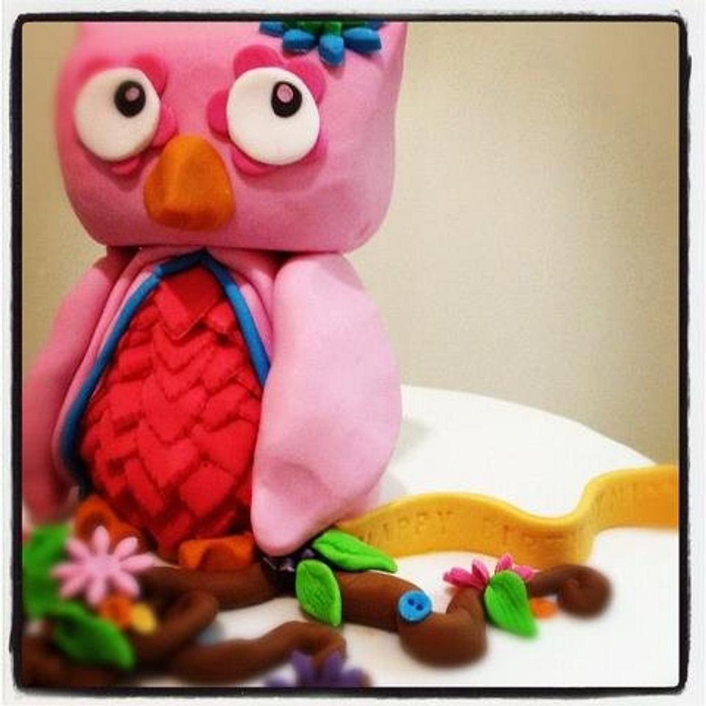 owl cake  by The cake shop at highland reserve