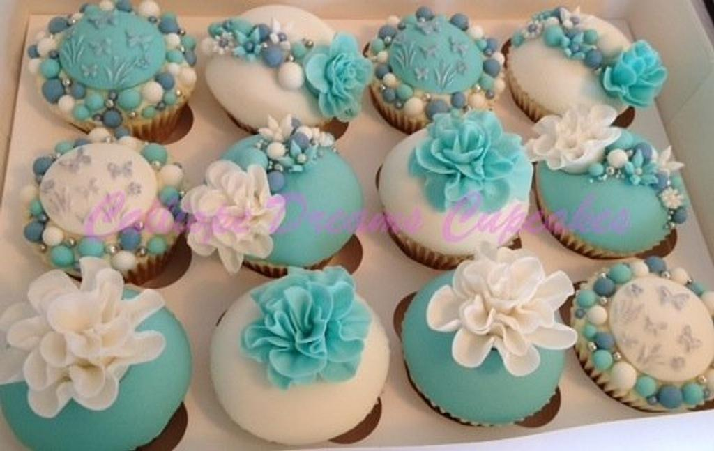Hen Night Cuppies by Steph Walters