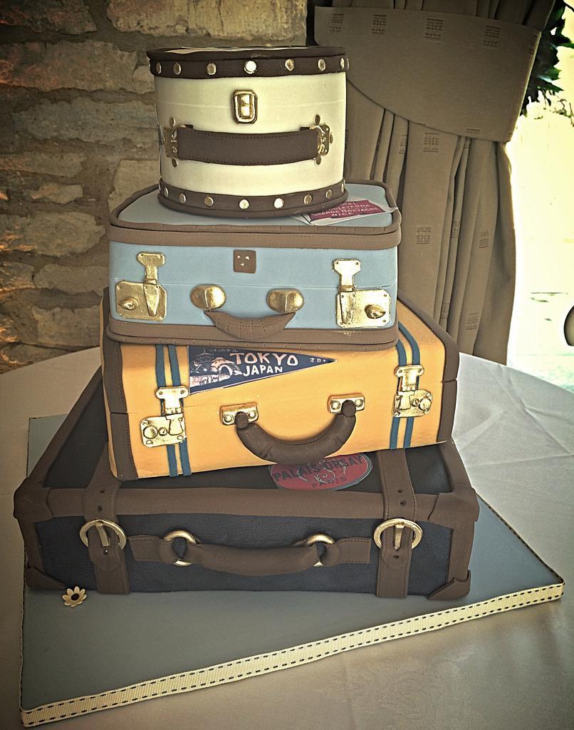 Vintage Luggage Wedding Cake  by Samantha Tempest