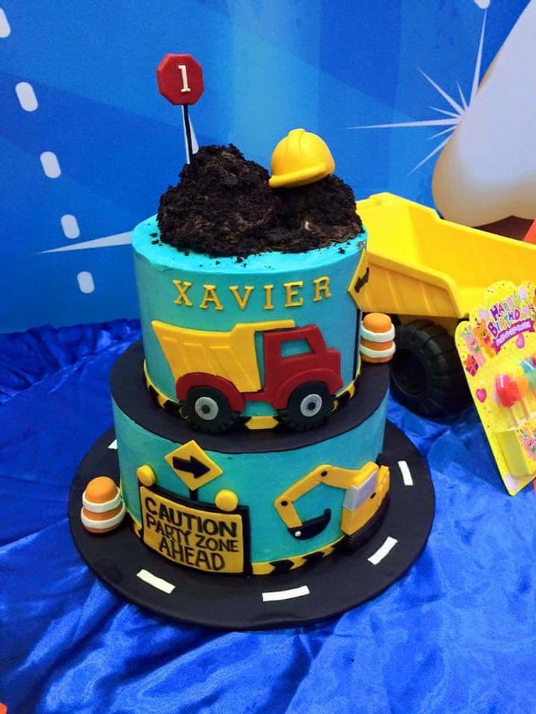 Construction themed cake by Donna Dolendo