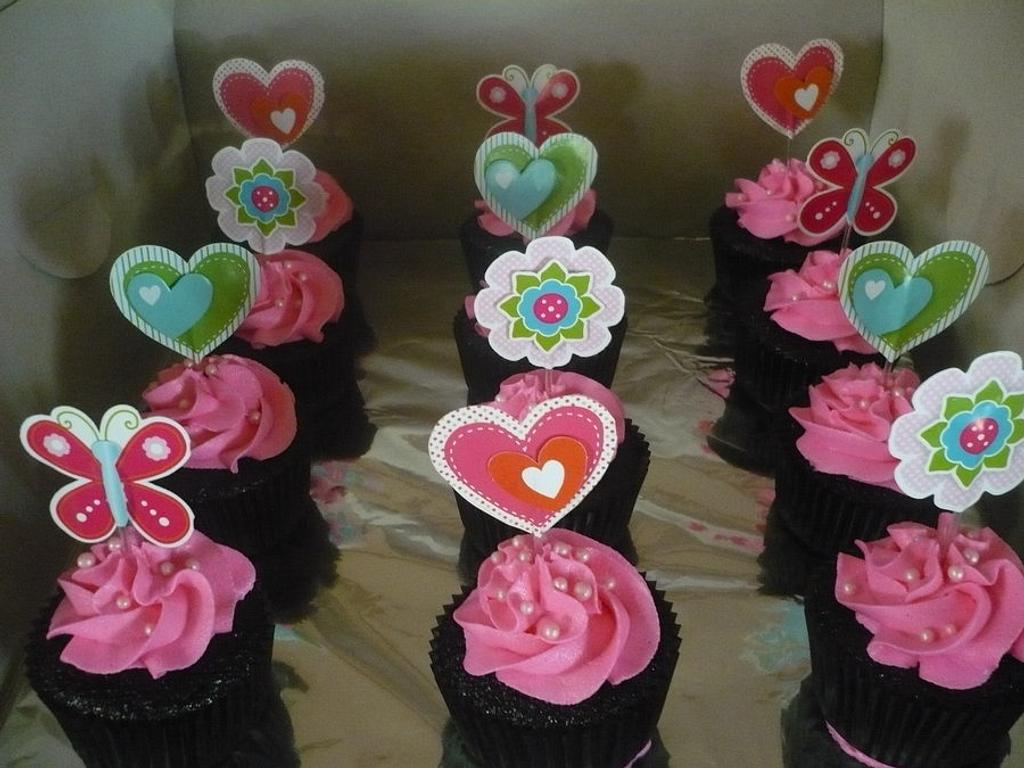 Mother's Day Cupcakes by Ashley