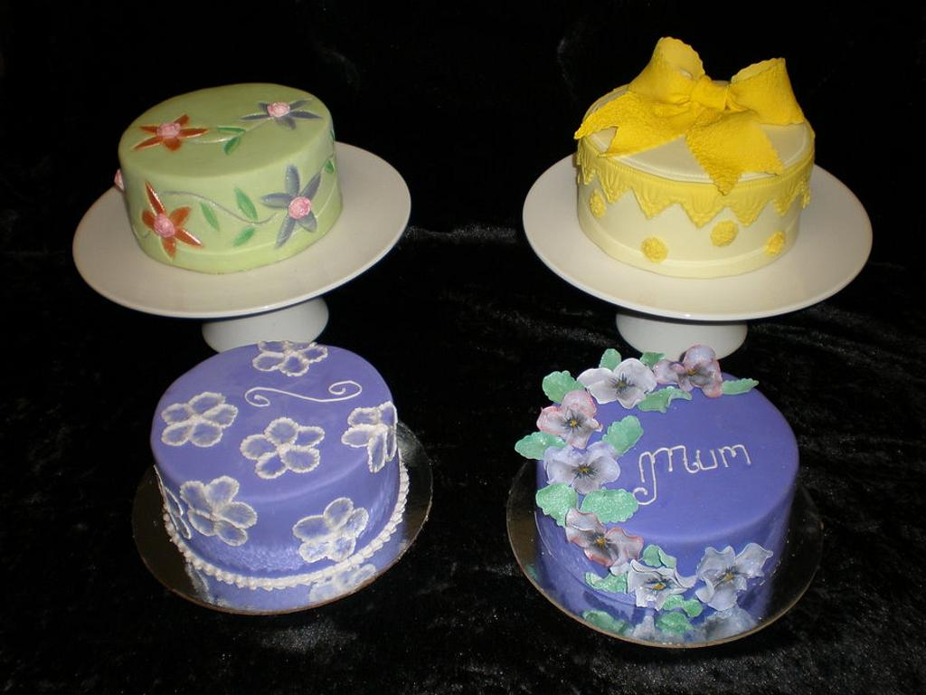 Mothers Day  by Sugarart Cakes