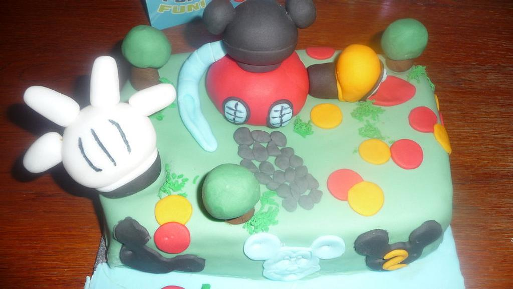 Mickey Mouse clubhouse Cake by CupNcakesbyivy