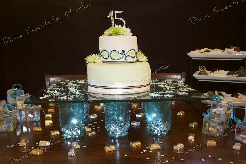Quinceanera cake by Martha Chirinos Teruel