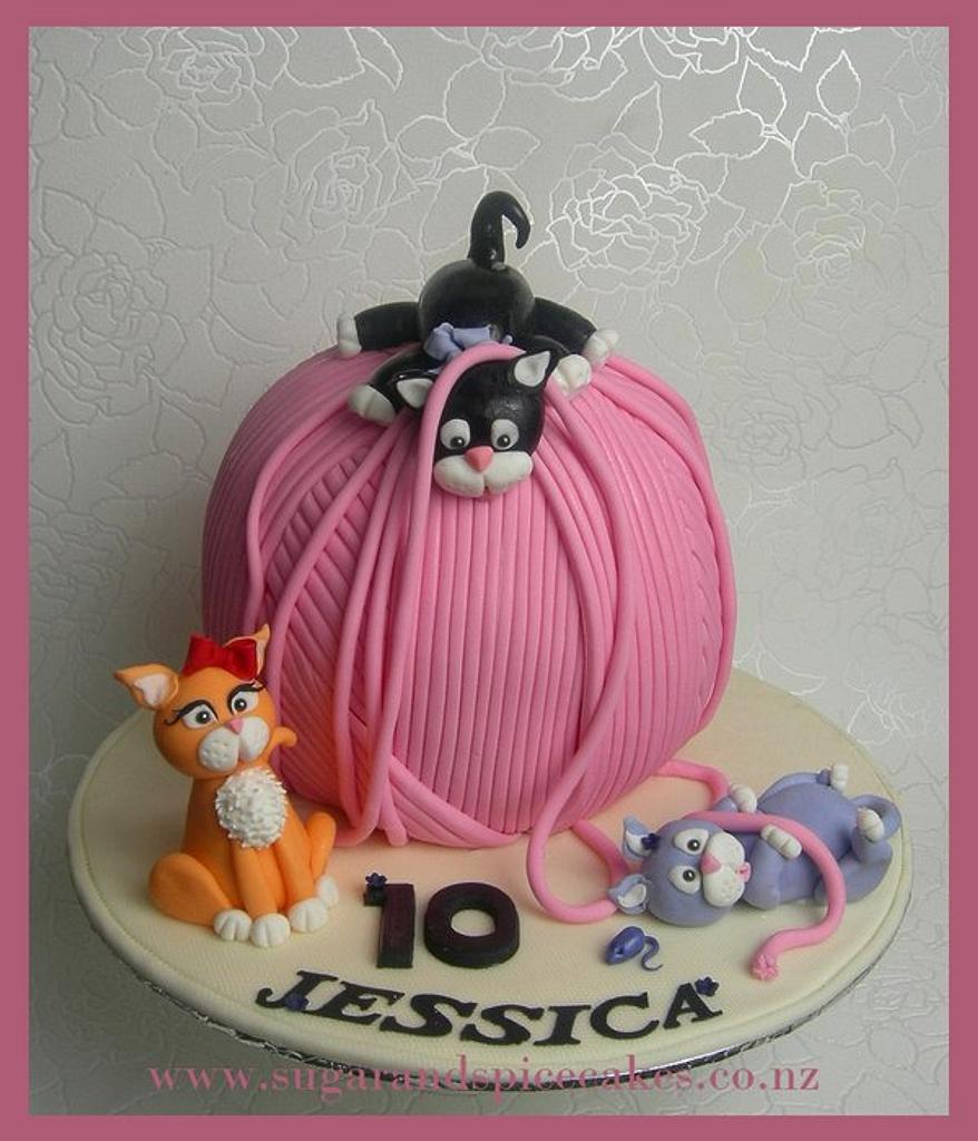 Tubby, Mischief & Posh: Kittens at play - Wool ball cake by Mel_SugarandSpiceCakes