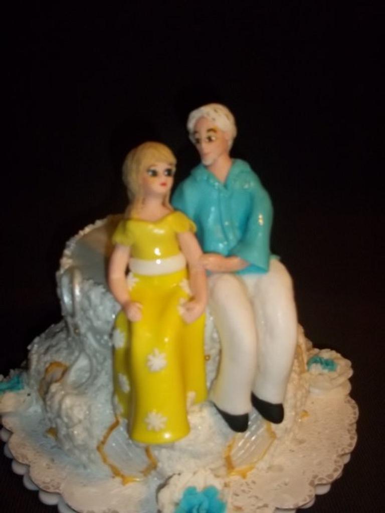 Gumpaste Couple.. by Bakemywaytoheaven