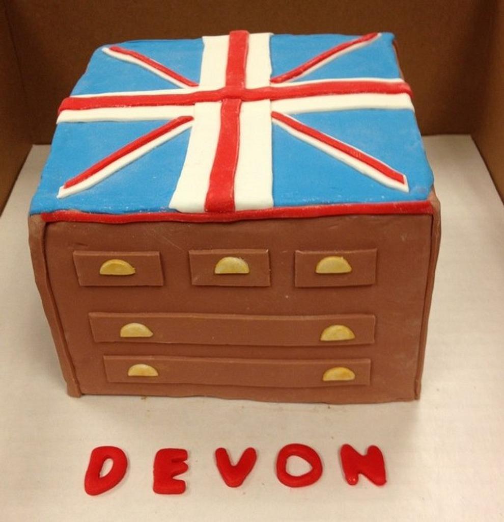 Union Jack Dresser Cake by Bridgette