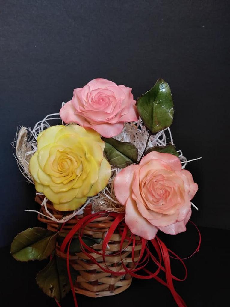 Bouquet of roses by Dari Karafizieva