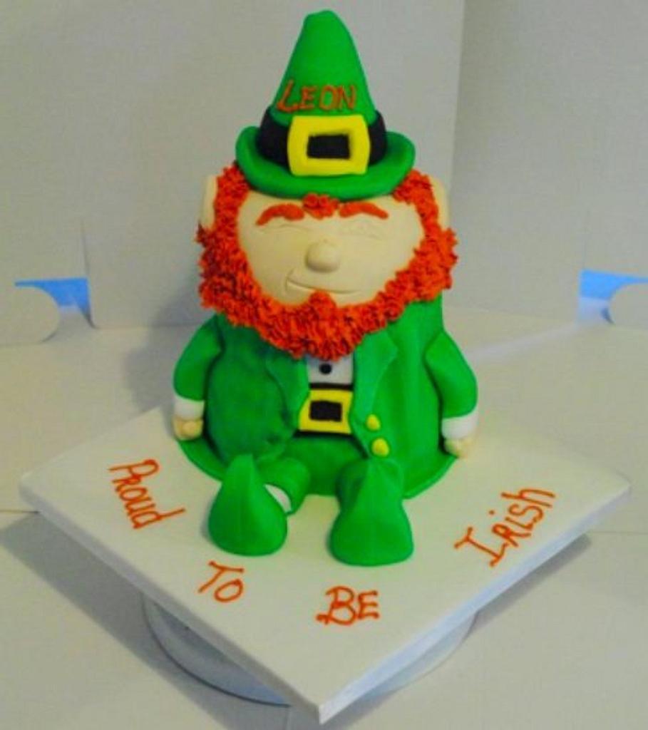 leprechaun by Custom Cakes
