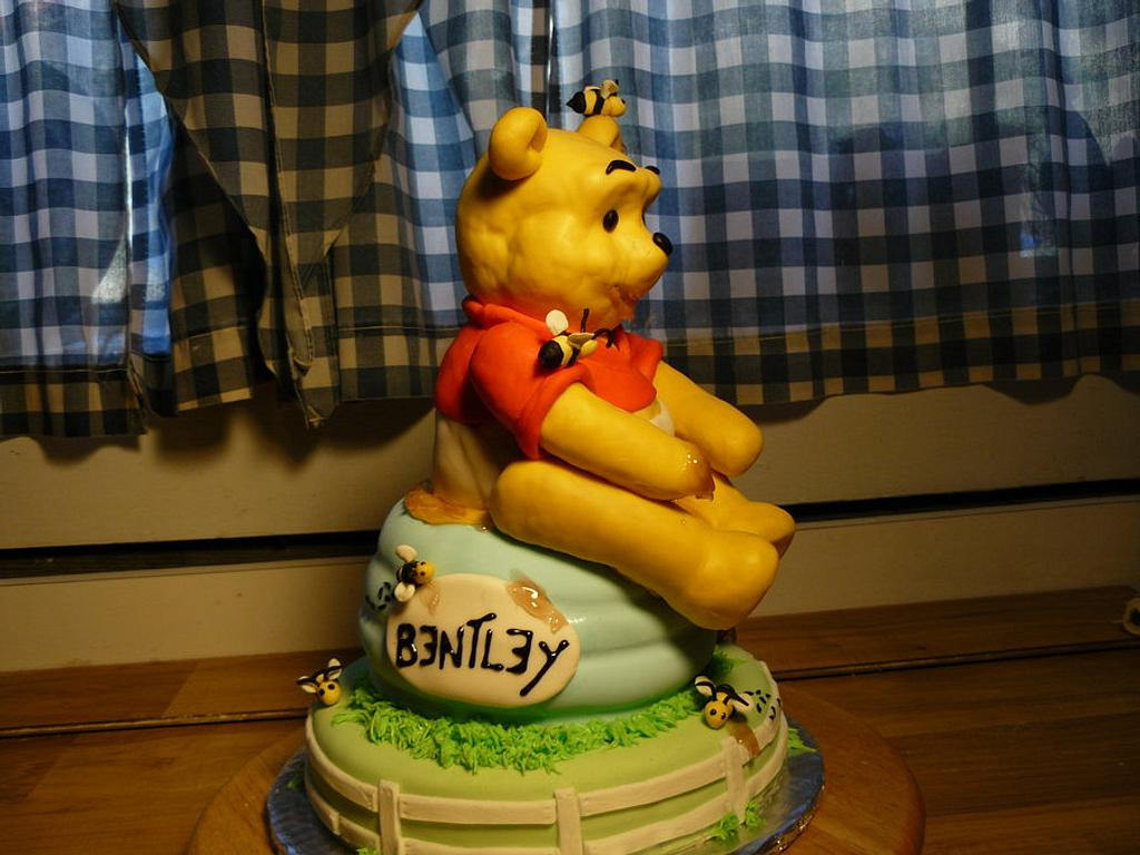 Winnie the Pooh cake by Melissa Cook