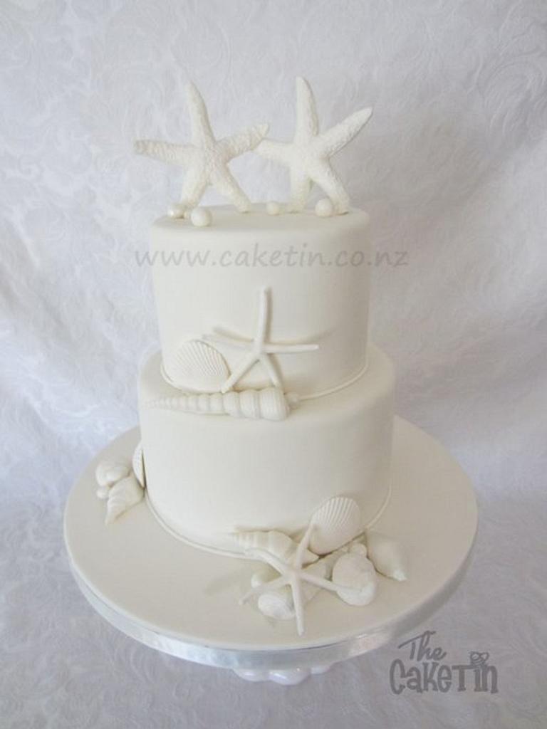 White on White Seashells by The Cake Tin