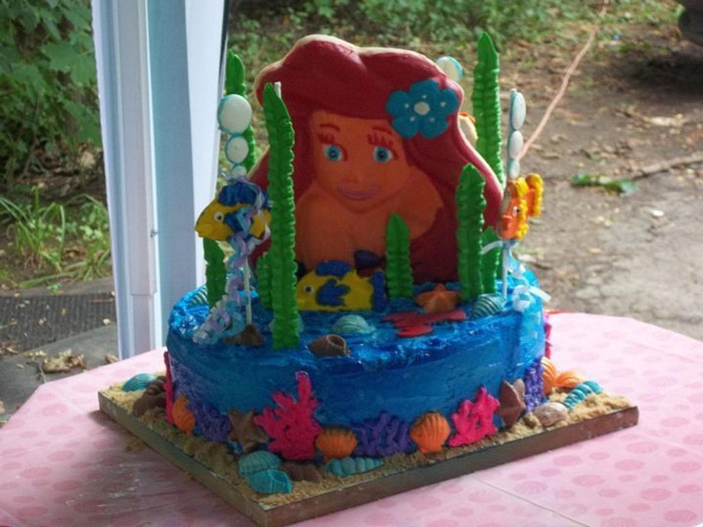 Aerial/Little Mermaid cake by Laura