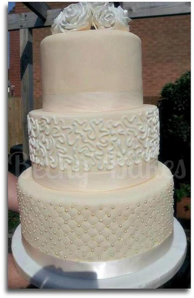 Vintage Wedding Cake by Disneyworld25