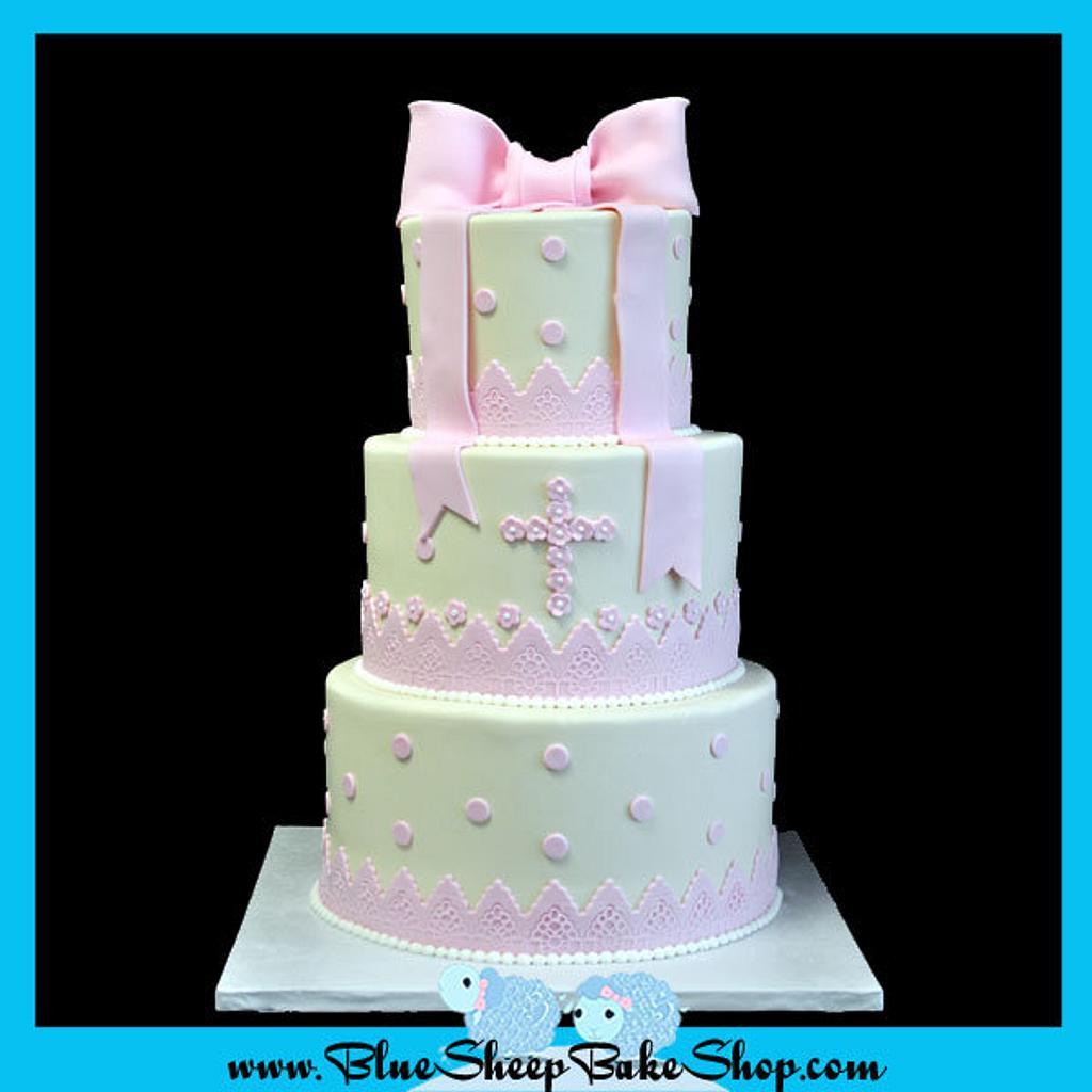 Christening cake by Karin Giamella