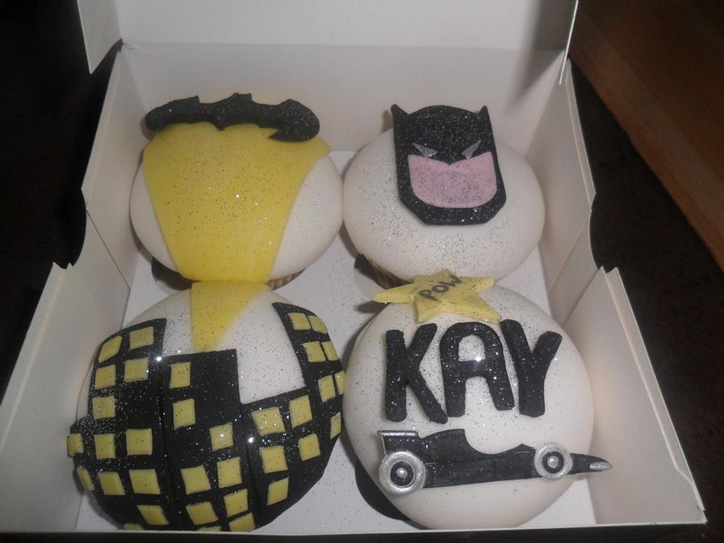 batman with floodlight cupcakes by elizabeth