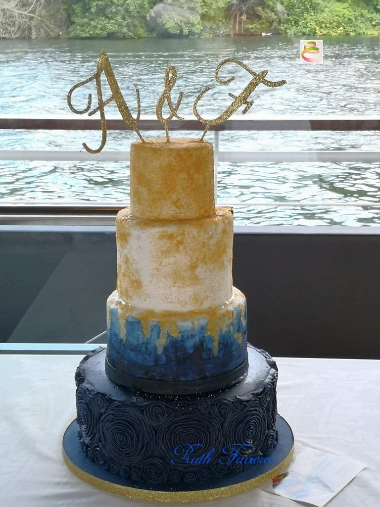Wedding Cake by Ruth - Gatoandcake