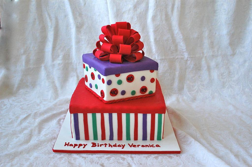 Birthday Gift Boxes by CakeParties