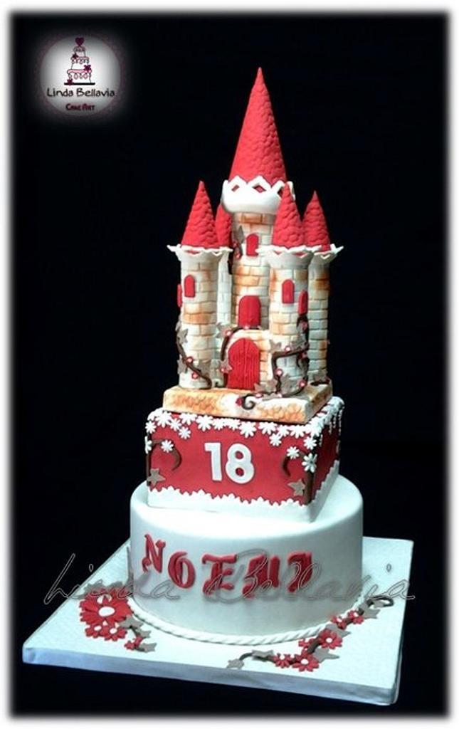 CASTE CAKE (TORTA CASTELLO) by Linda Bellavia Cake Art