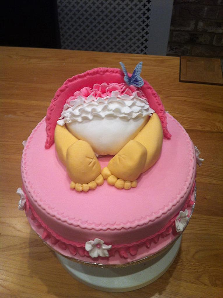 Baby Shower Cake by Sarah Al-Masrey