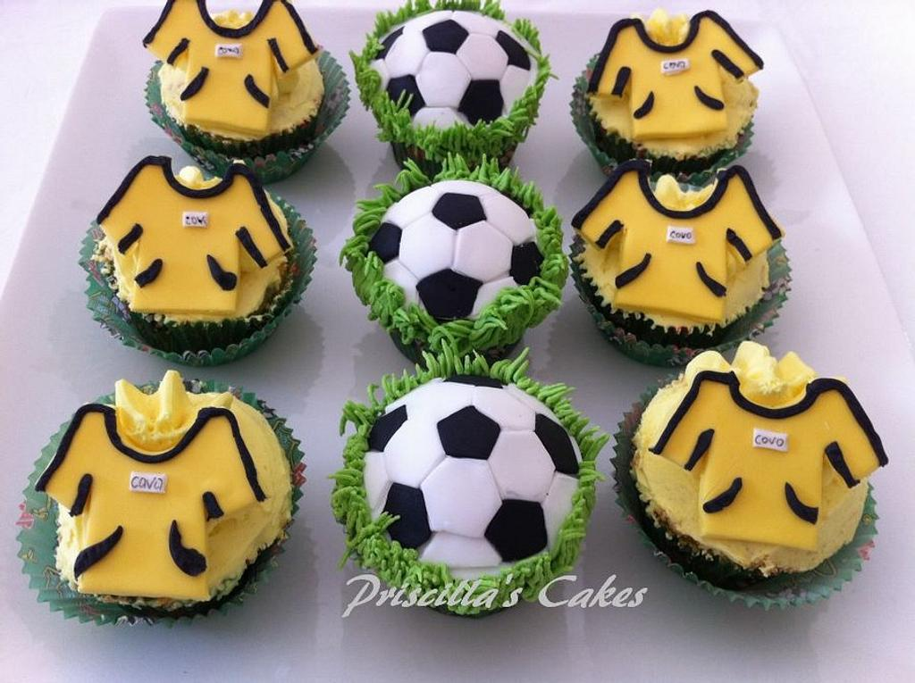 Soccer cupcakes by Priscilla's Cakes