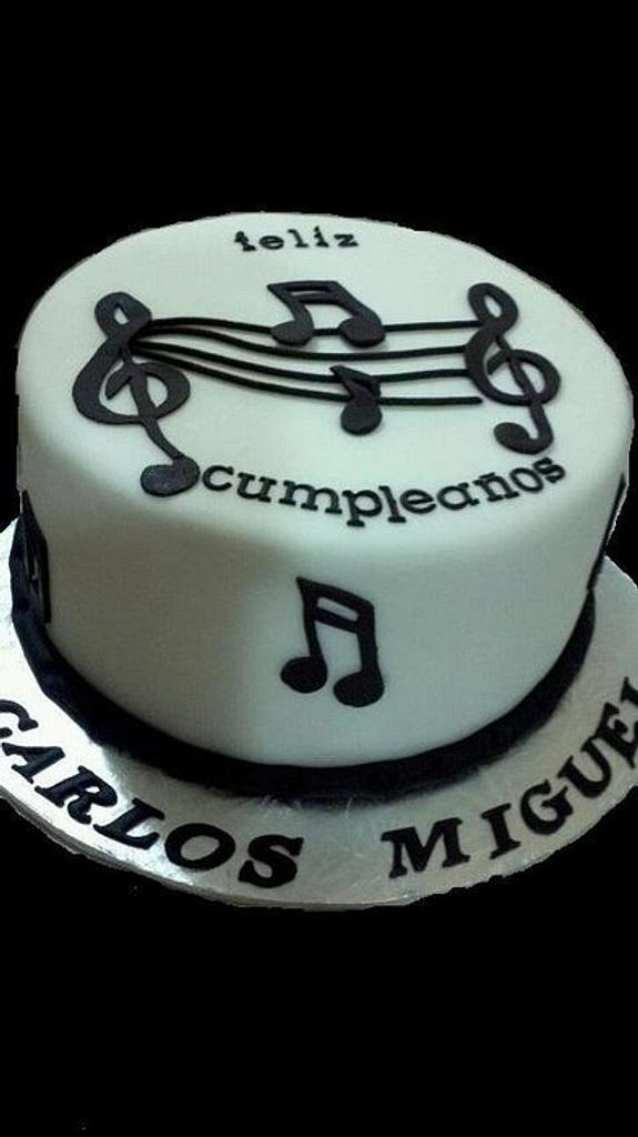 black and white cake!!!!!!!!!!!!!! by DeliciasGloria
