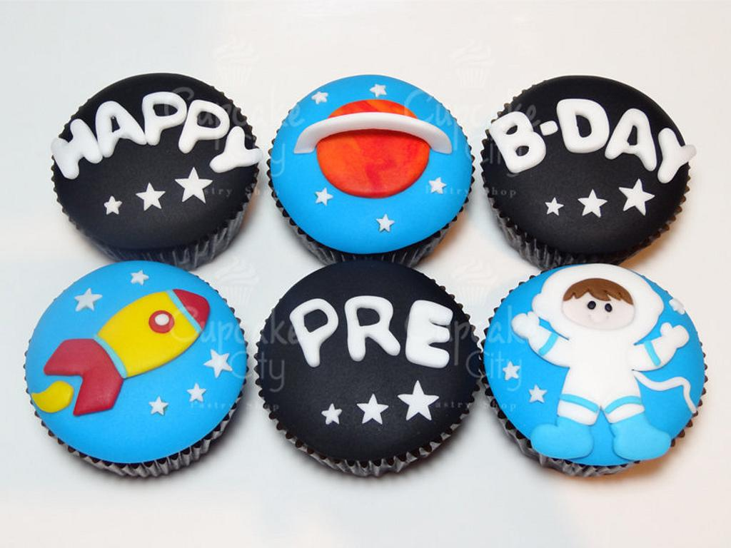 Space cupcakes by CupcakeCity