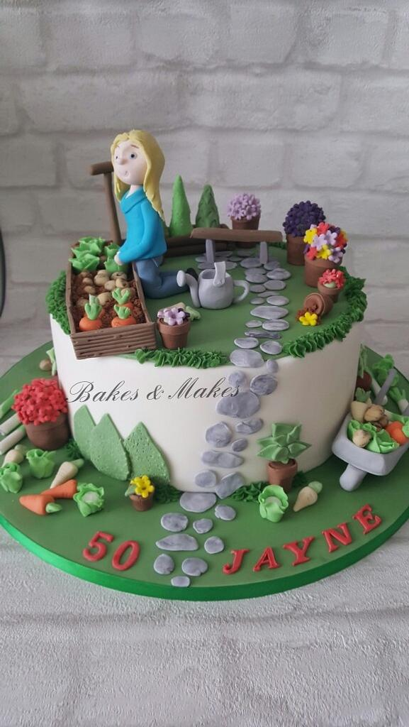 Gardening cake by Cakes of Art by Vicky