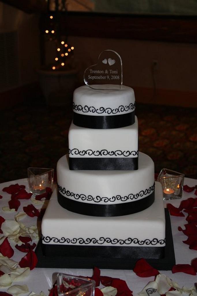 Black and White Wedding Cake by Morgan
