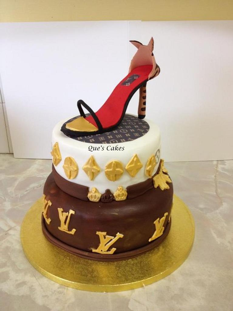 lv cake by Que's Cakes