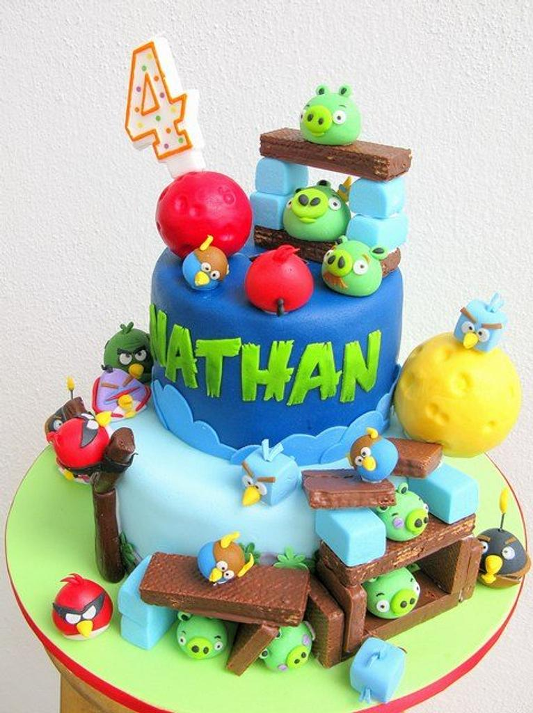 Angry Bird Space cake by Joanne Fam