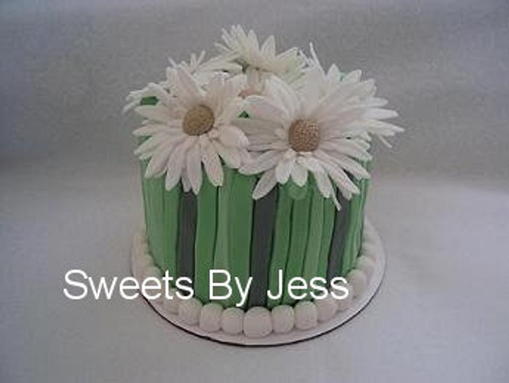 Gerbera Daisy cake by Jess B
