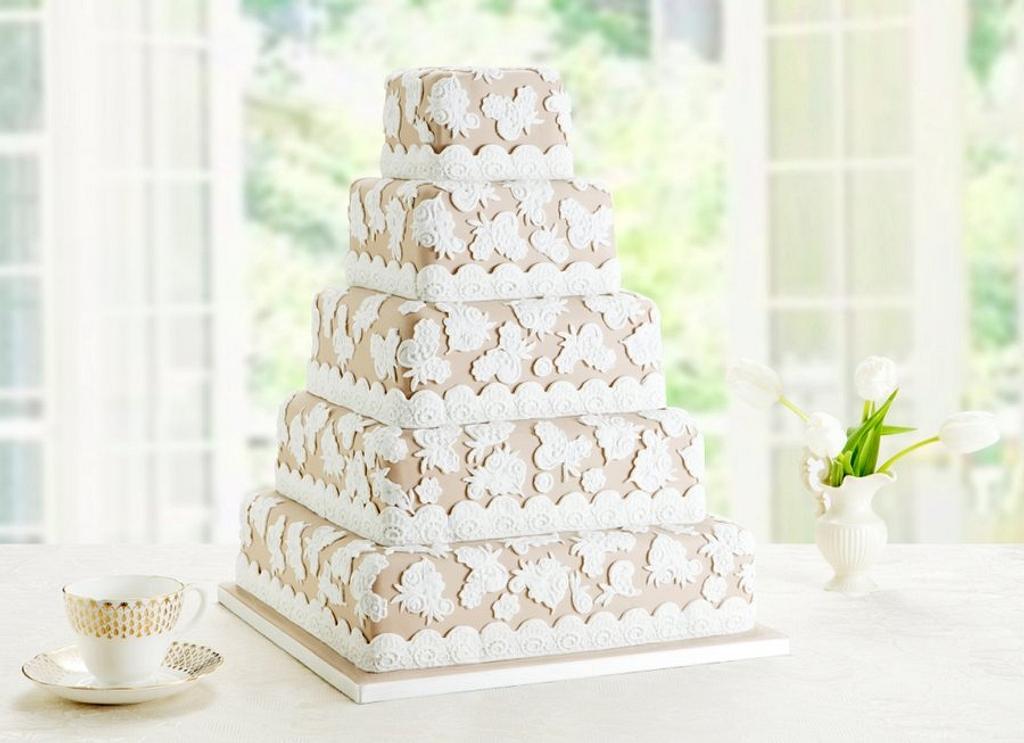 Vintage Lace Cake by Melissa Woodland Cakes