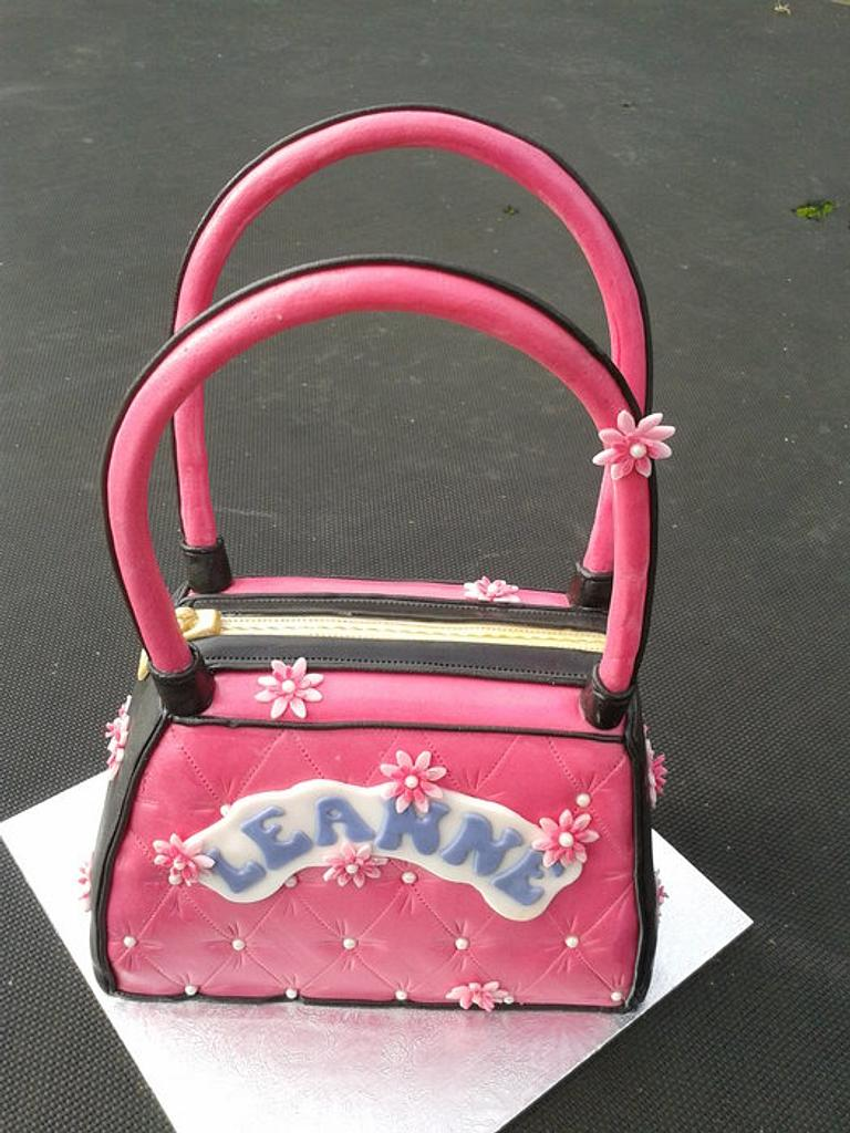 Pink handbag by FANCY THAT CAKES