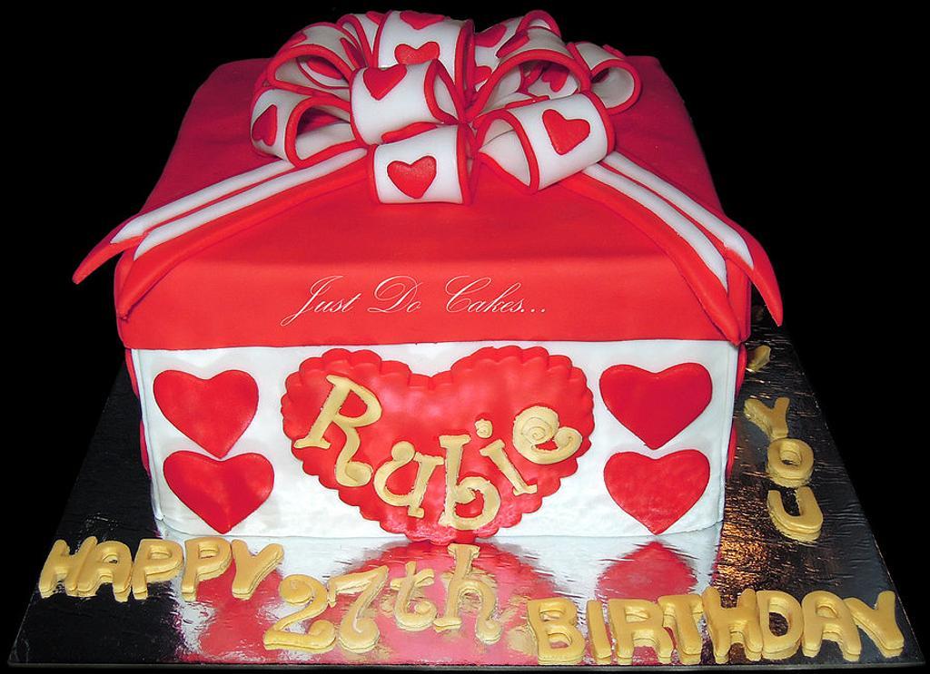 Gift Cake by Charina