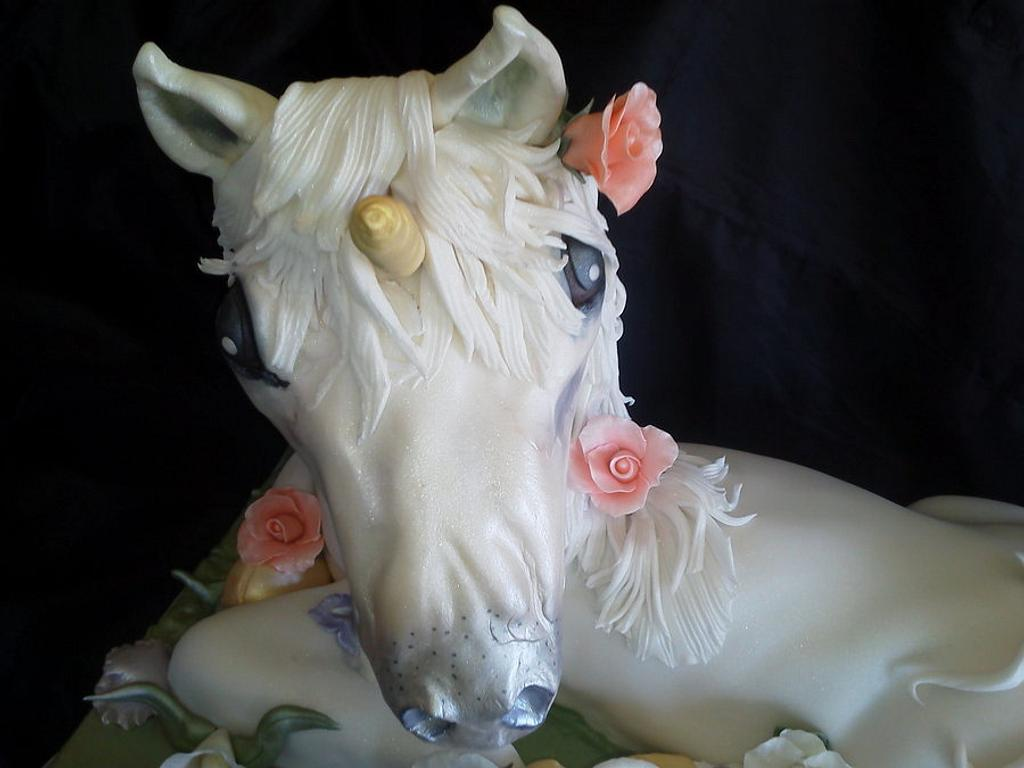 Unicorn sculpt by Trinity Wood