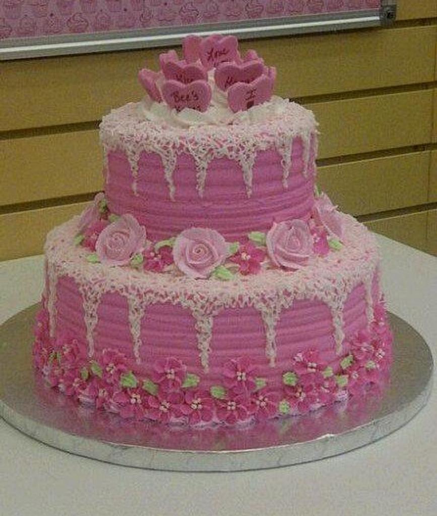 Valentine's Day Cake by kristi_de