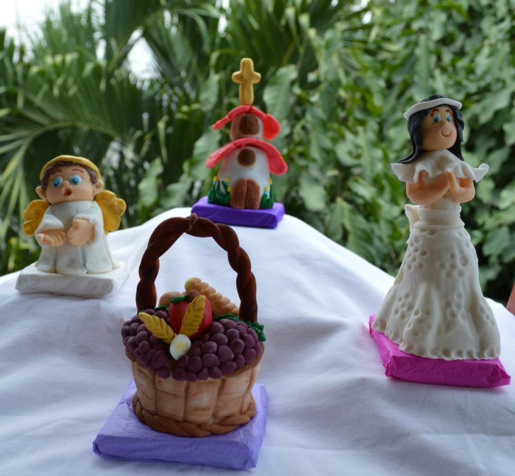 First Communion cupcakes by Hellen