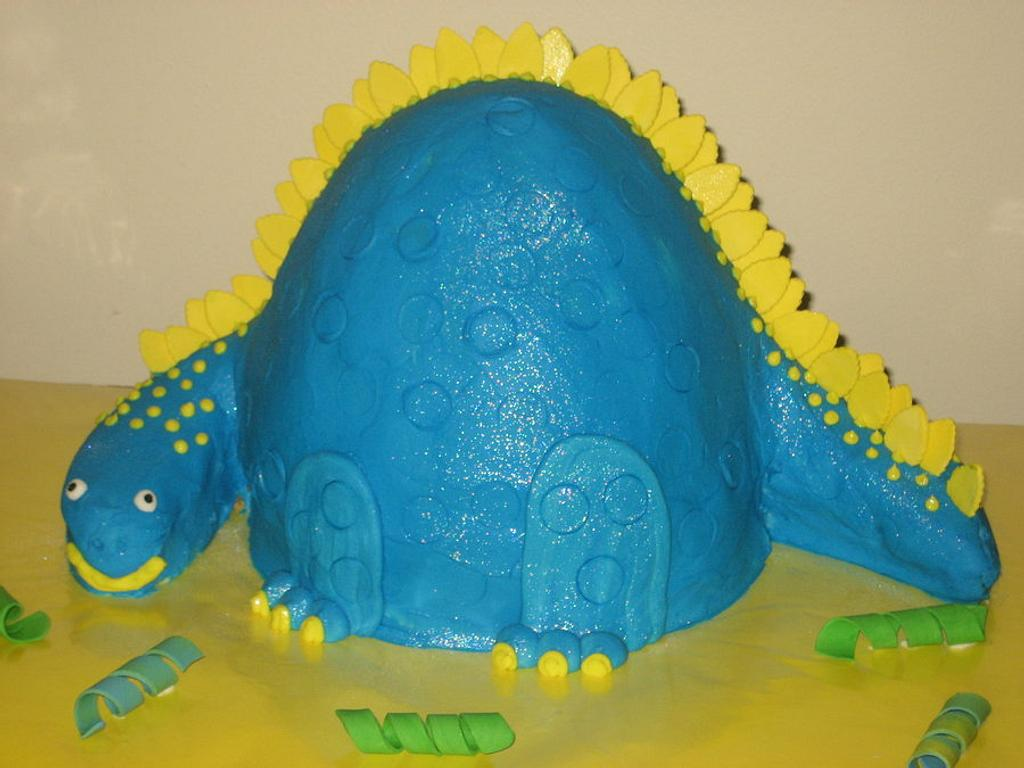 Stegosaurus Cake! by Jacque McLean - Major Cakes