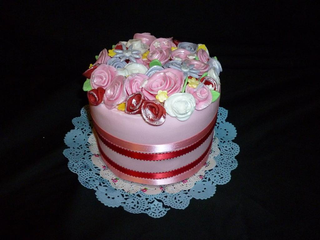 flower cake by Doyin