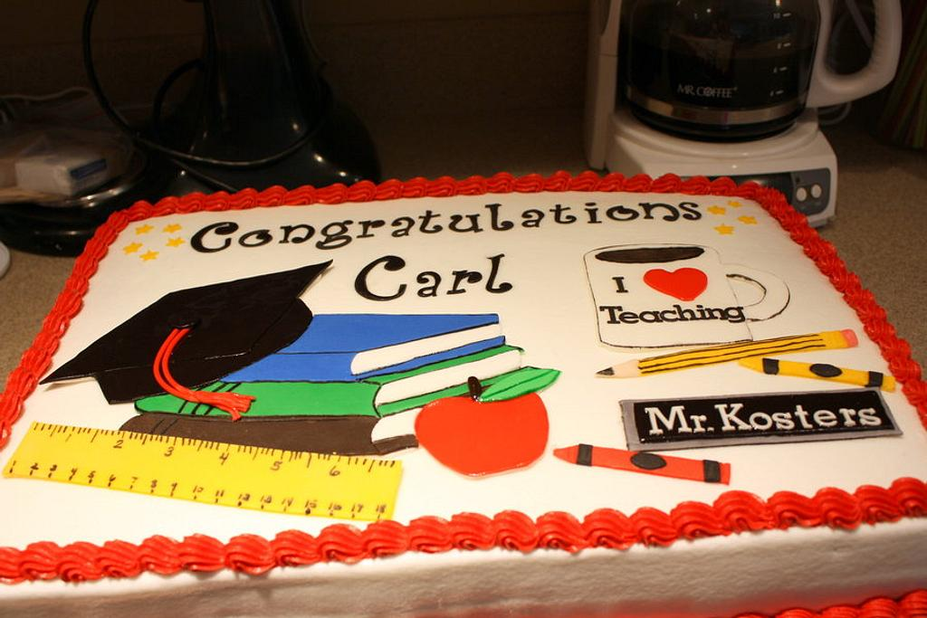 Carl's graduation Cake by Michelle