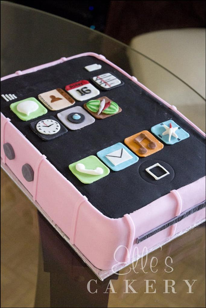 iPhone Cake by LadyTangerine