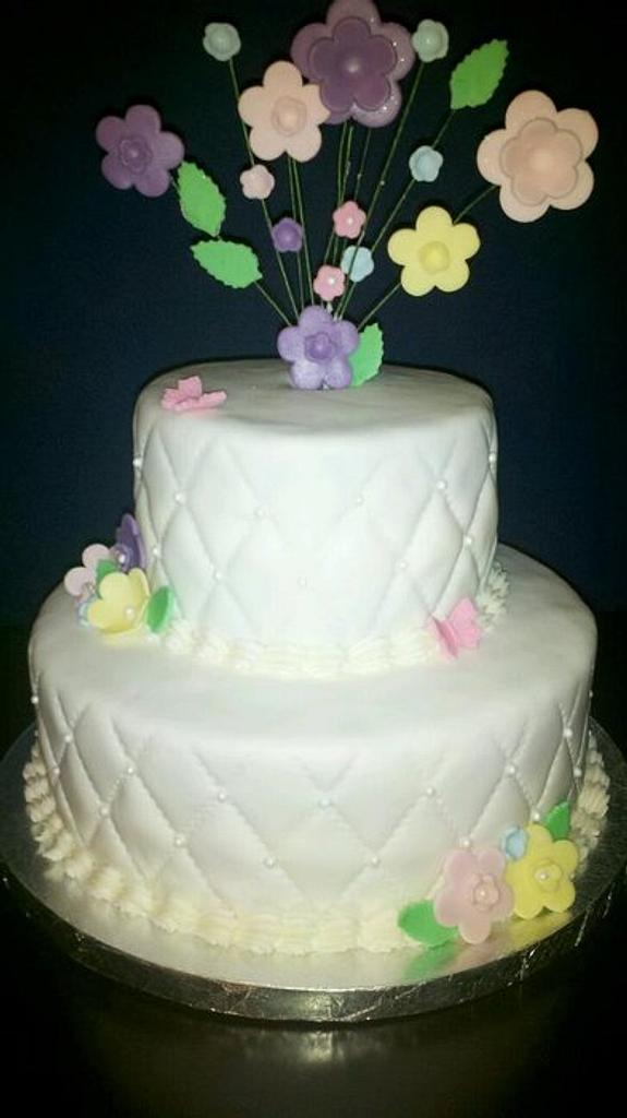 two tiered cake by claudia2004