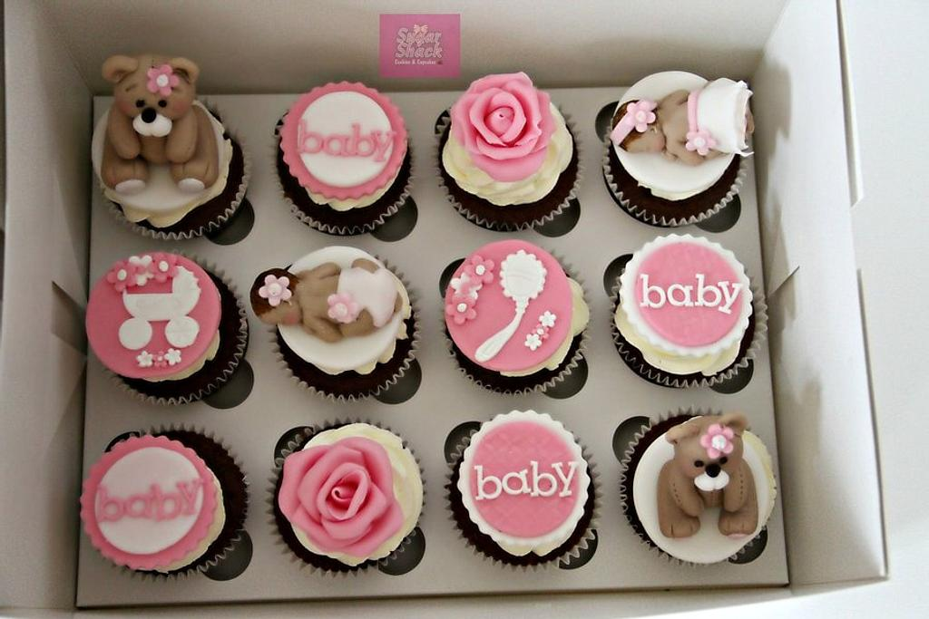 Baby shower cupcakes by shahin