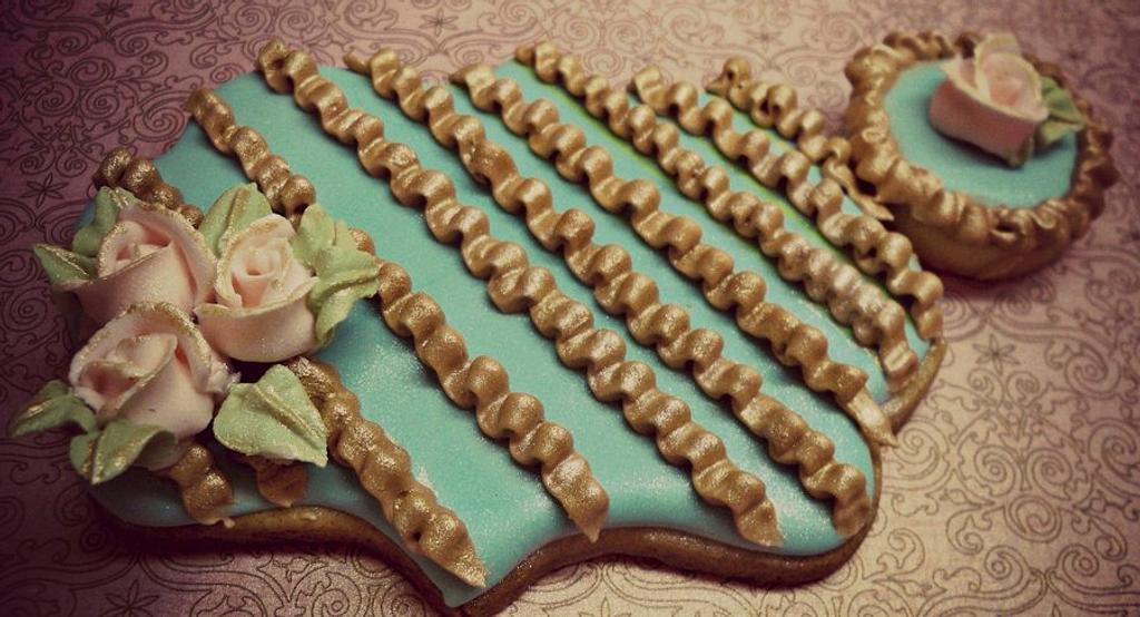 Roses & Ruffles Cookies by artetdelicesbym